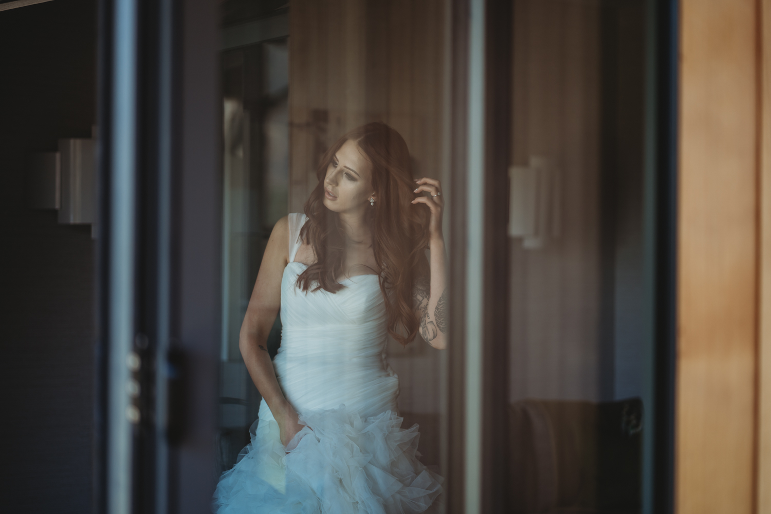 bride getting ready at Lodore Falls Wedding